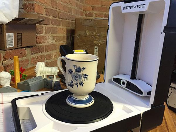 3D scanner Matter and Form 3D Scanner cup