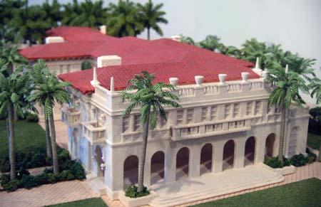 Un modèle architectural imprimé en 3D avec de multiples couleurs et de nombreux détails.
