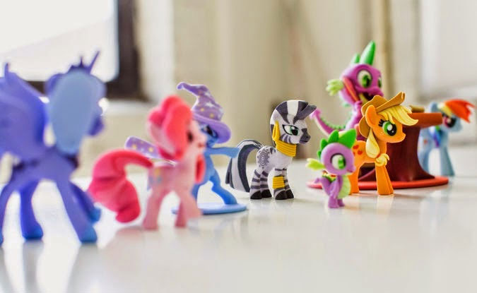 A collection of My Little Pony figurines which could be customized thanks to the Superfanart section on Shapeways.
