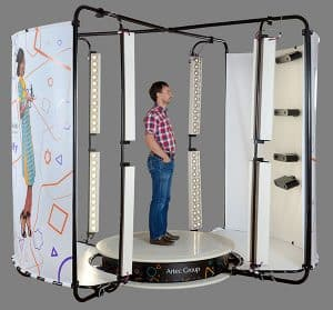 3D scanner Artec Shapify booth man