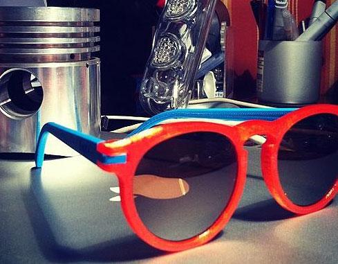 Un exemple de personnalisation de monture chez Soda Concept où chaque partie des lunettes peut être choisie.