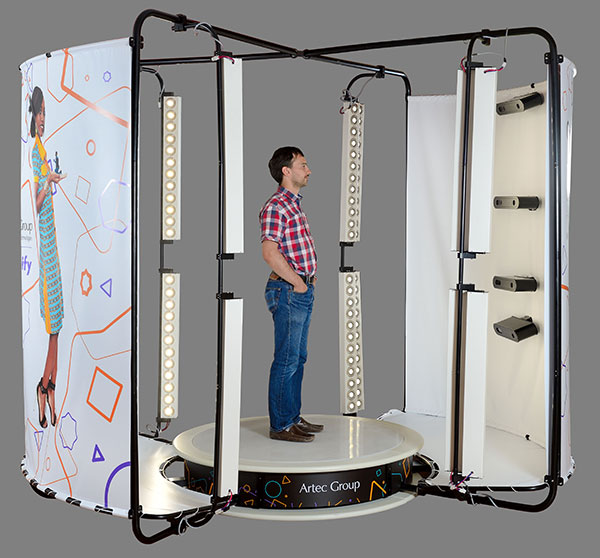 Le scanner 3D corporel Artec Shapify, Les meilleurs scanners 3D pour les figurines 3D les selfies 3D et les portraits 3D.
