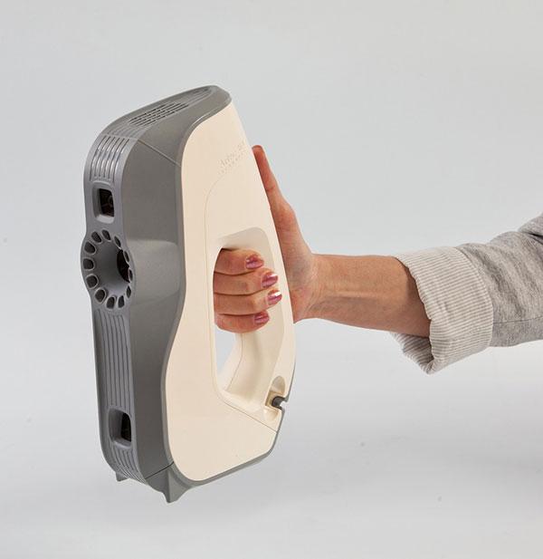 Le 3D scanner Artec Eva, Les meilleurs scanners 3D pour les figurines 3D et les 3D selfies.