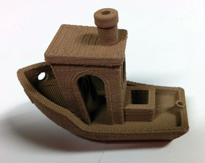 Benchy 3D printed with bq Bronze PLA