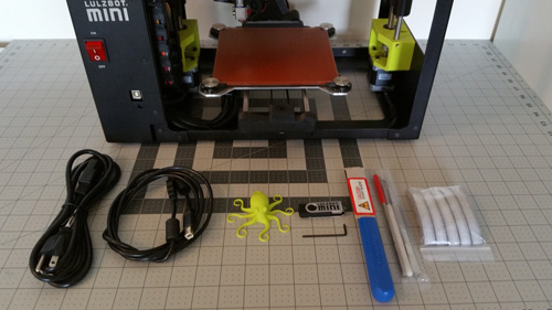 The Lulzbot Mini hardware and its accessories