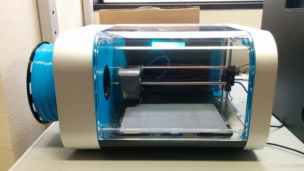 Our CEL Robox Dual Extruder setup in Aniwaa's lab.