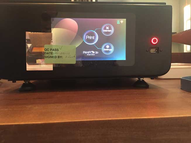 The LC HR's touchscreen interface.