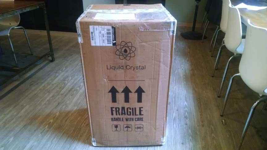 Unboxing the Liquid Crystal High-Res 3D printer.