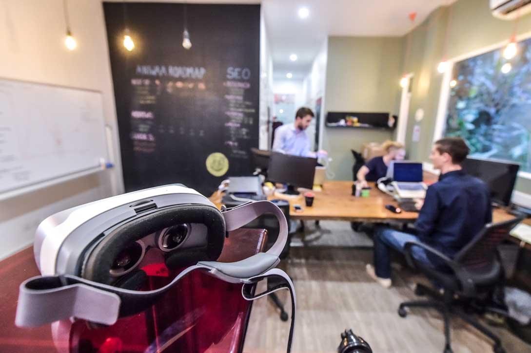 Casque VR autonome Pico Goblin bureaux Aniwaa