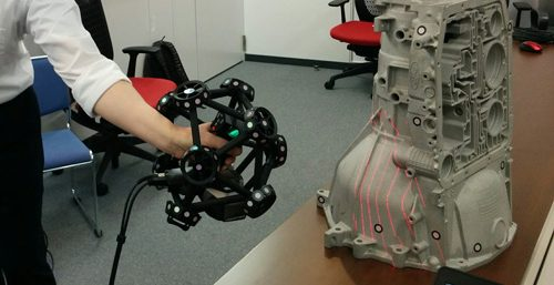 Test and review of the Creaform MetraSCAN 750, an optical CMM 3D scanner solution
